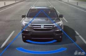 四大品牌ADAS系统横评 传统车企紧追特斯拉