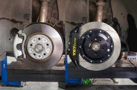 原车刹车软制动不理想,大众CC改装TEI-P60ES街道性能刹车卡钳