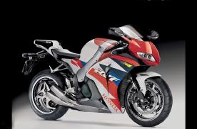 新的本田RVF1000R正在开发中 将搭载V型4缸发动机
