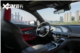 长安UNI-T车型自述:论重庆马拉松计时车的自我修养