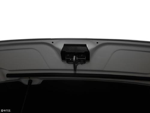 2019款 途观L 330TSI 自动两驱风尚版
