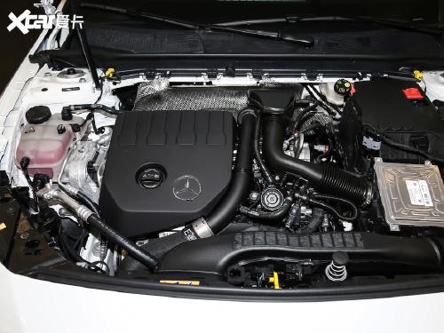 2020款 奔驰A级 A 200 L 运动轿车