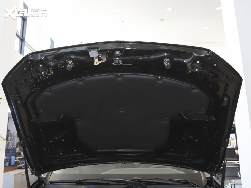 2021款 奔驰E级 E 300 L 尊贵型