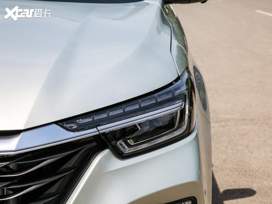 荣威RX5