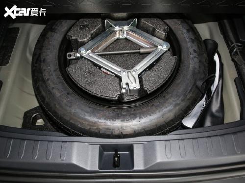 2020款 威兰达 2.0L CVT两驱科技版