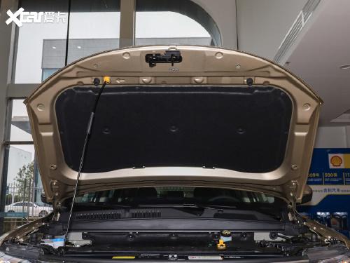 2021款 博越 百万款 1.8TD DCT两驱豪华型