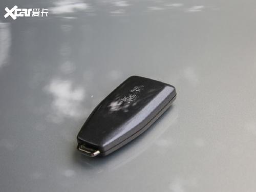 2019款 红旗HS5 2.0T 智联旗领四驱版