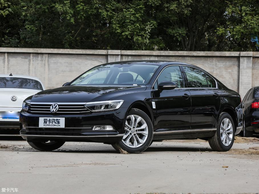 德众汽车 一汽-大众迈腾限时钜惠3.5万