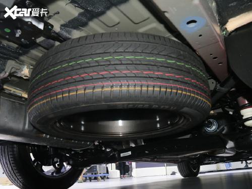 2021款 上汽大通G50 1.5T 自动尊享版
