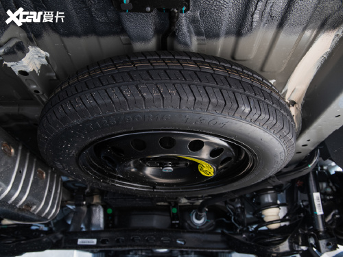 2021款 上汽大通G50 1.5T 自动精英版