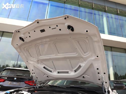 2021款 宝马3系 330Li xDrive M运动曜夜套装