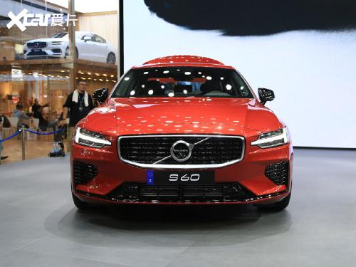 2020款 沃尔沃S60新能源 T8 E驱混动 四驱智雅运动版