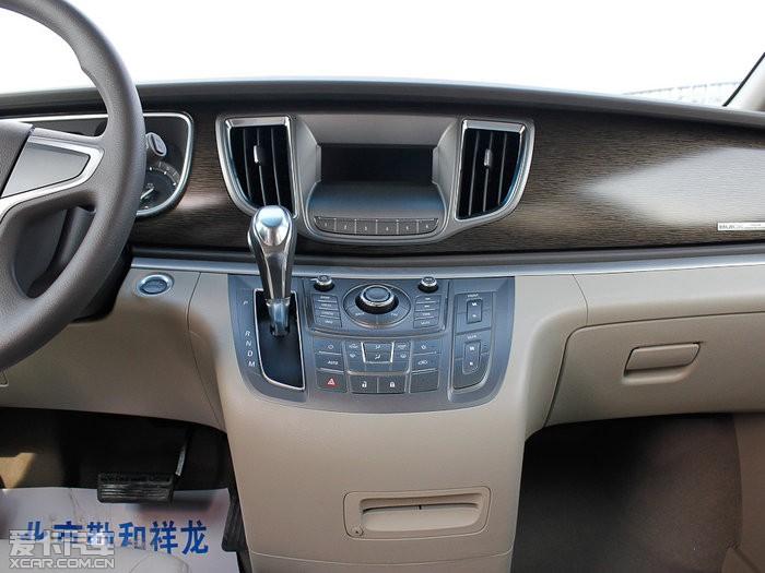 2013款别克GL8 豪华商务版