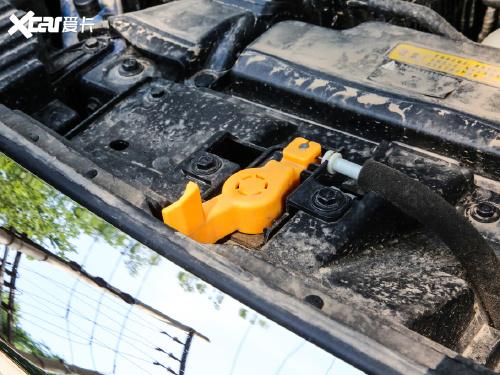 2020款 锐骐6 2.3T自动四驱柴油豪华型国VI长货箱M9T