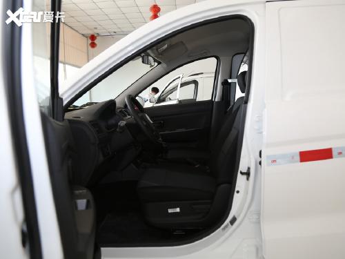 2019款 风光330 1.5L 330S 精典型厢式车国VI DK15