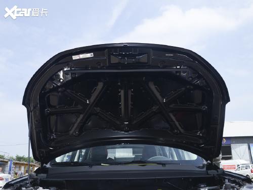 2021款 风行T5 1.6L 手动舒适型