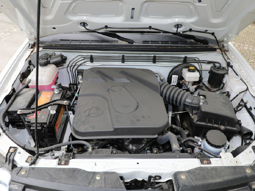 2018款 神骐F30 1.5L精英版745额载长轴DAM15L