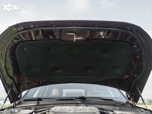 2020款 飞行家 3.0T V6 四驱行政版