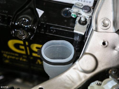 2017款 金杯快运 2.0L 标准型V19