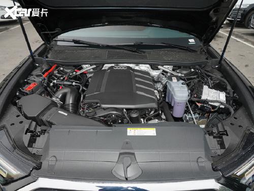 2021款 奥迪A6L 45 TFSI 臻选动感型