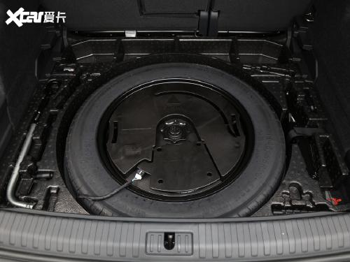 2021款 奥迪Q3 35 TFSI 时尚动感型