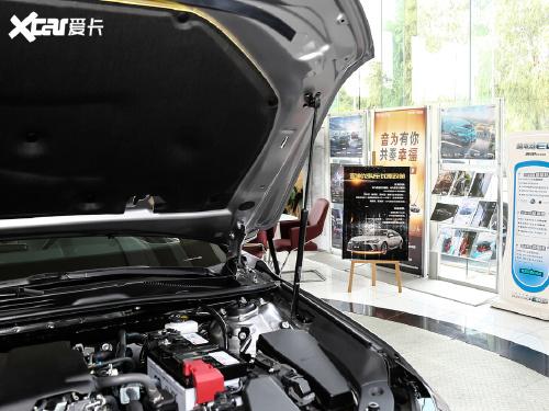 2021款 亚洲龙 2.5L Touring尊贵SPORT版