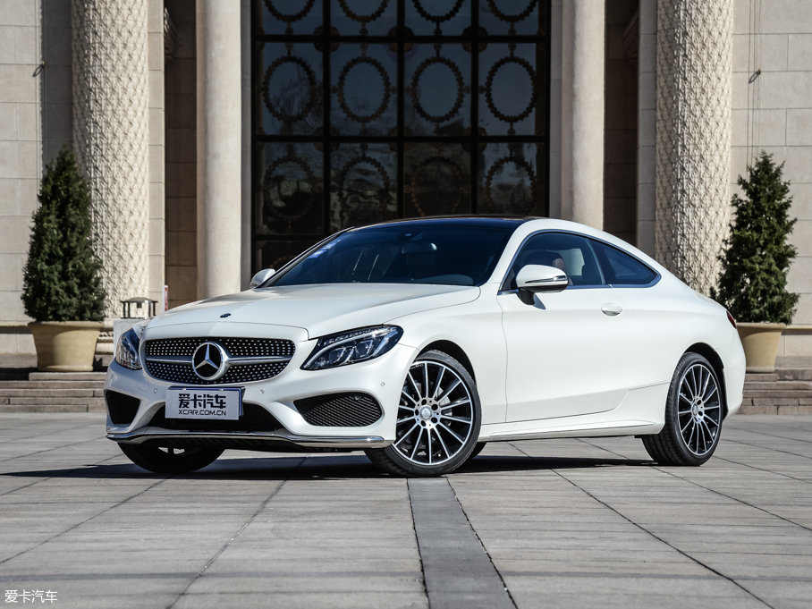 奔驰C级Coupe热销 现金优惠直降1.2万
