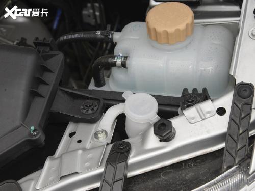 2020款 五菱宏光 1.2L S基本型封窗车国VI LSI