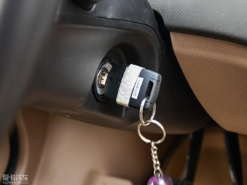 2014款 五菱荣光 1.5L S 标准型