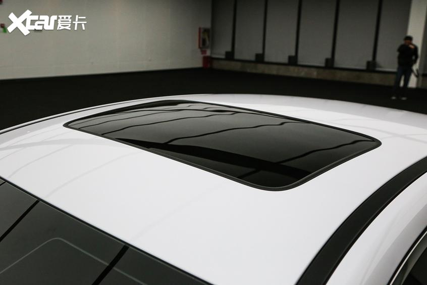 比亚迪汽车2021款秦PLUS