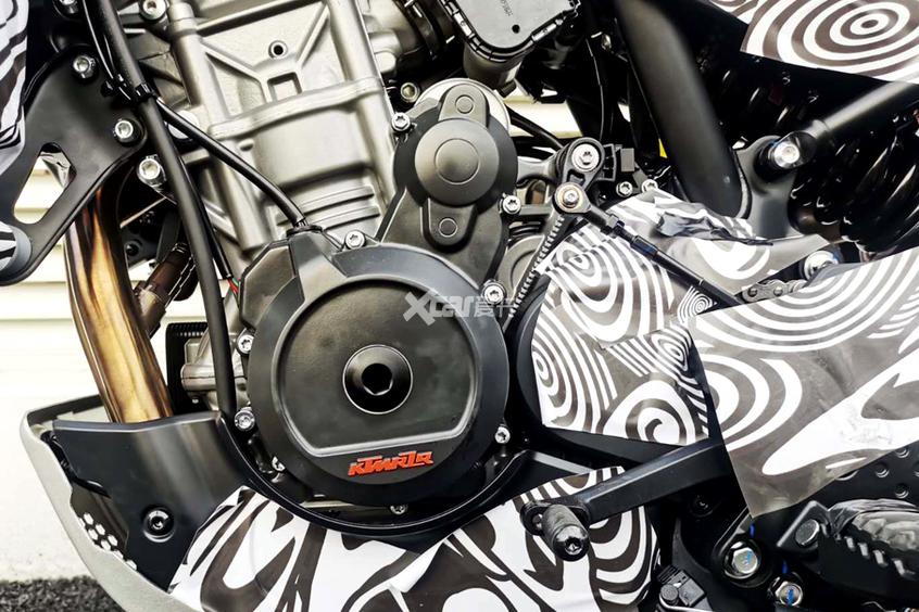 春风摩托;CFMOTO;800ADV;摩旅;大排量摩托车