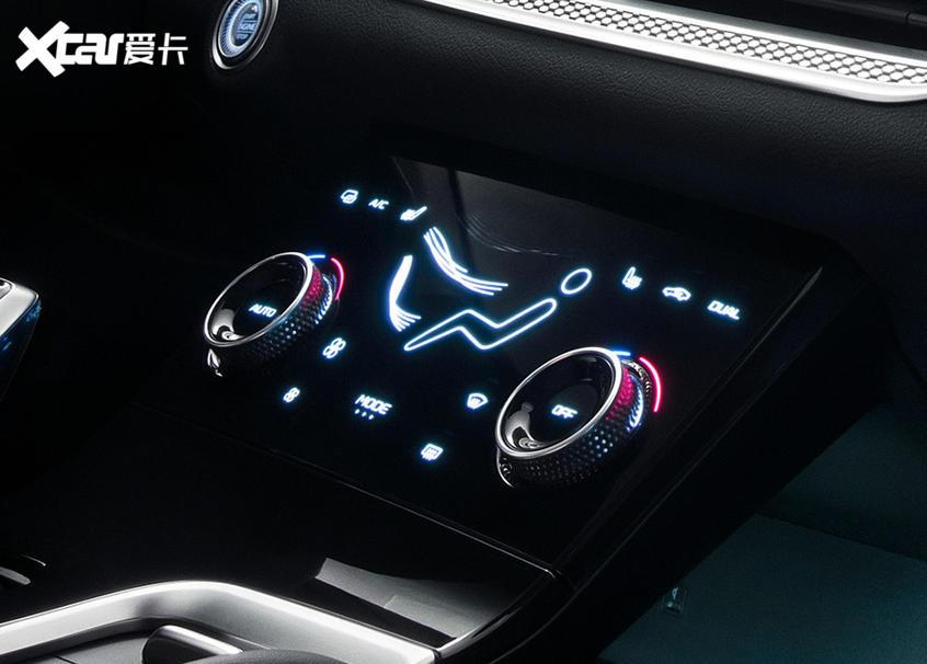 全新第三代奔腾B70内饰官图 将年内上市