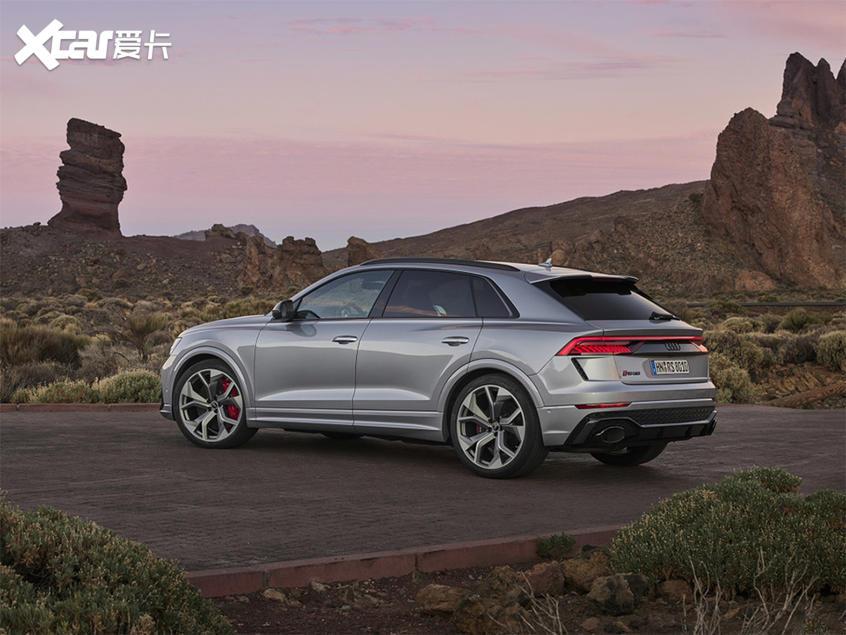 奥迪RS Q8北京车展亮相