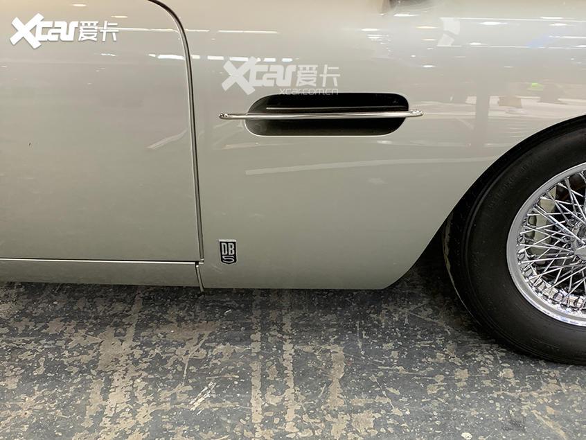 北京车展探馆 007道具车阿斯顿·马丁DB5