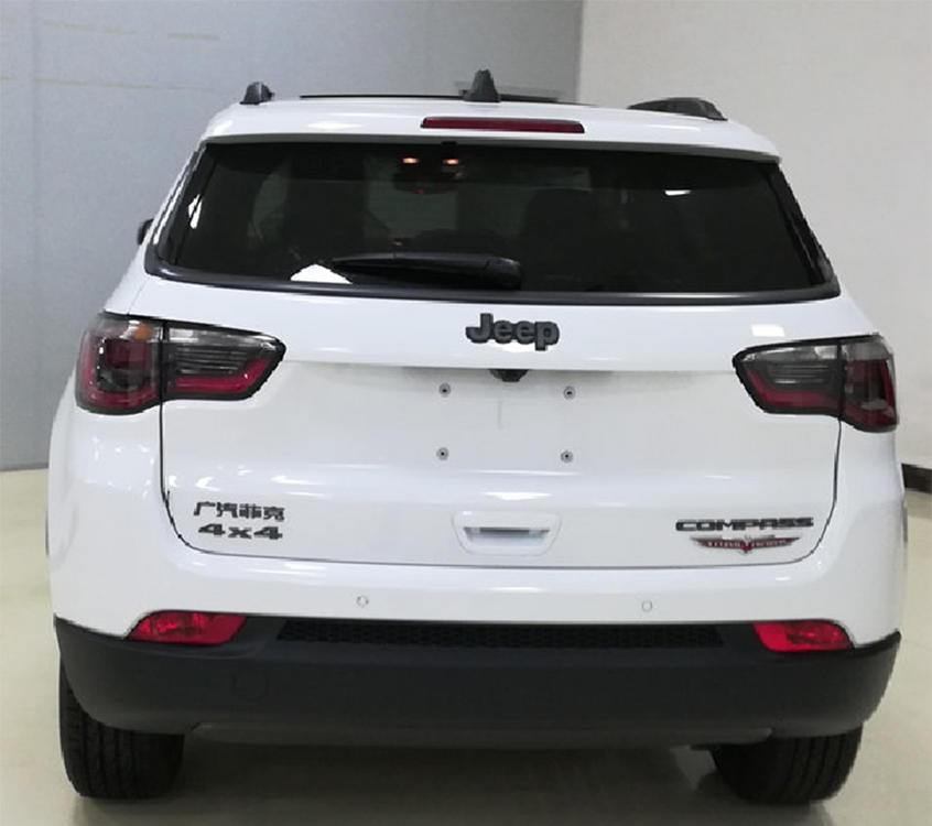 中期改款Jeep指南者