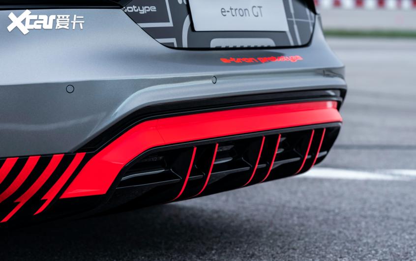 奥迪e-tron GT预告图曝光或将于年底投产