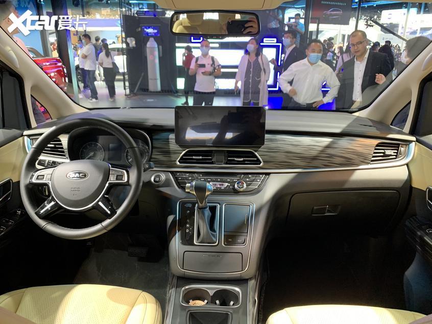 北京车展:江淮瑞风M6 MXA正式发布亮相
