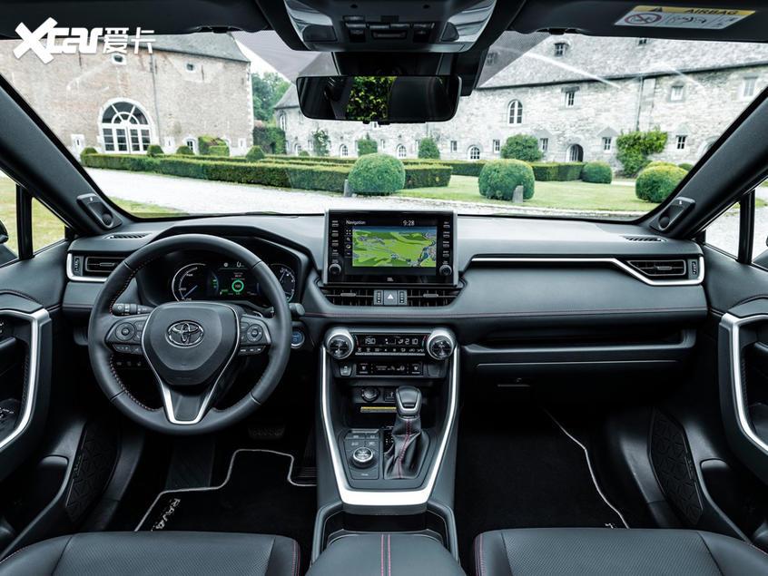 丰田RAV4插电混动版或于广州车展亮相