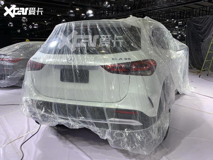 广州车展探馆:奔驰AMG GLA 35抢先看