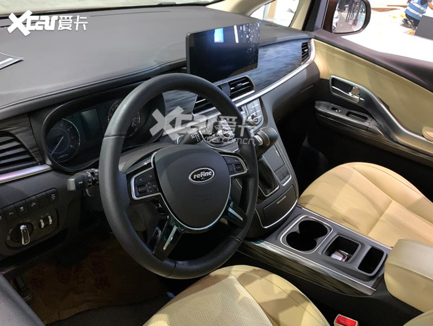 广州车展探馆:江淮瑞风L6 MAX实拍图