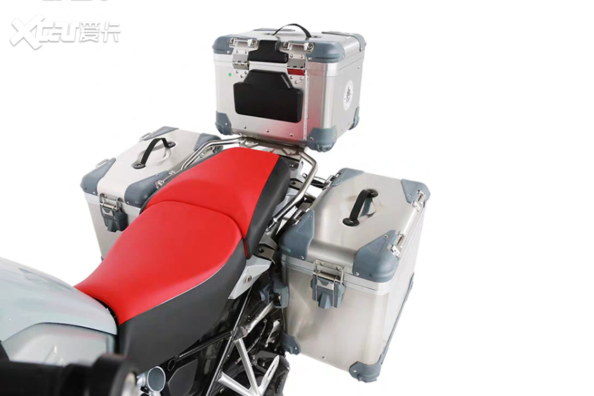 摩托车三箱